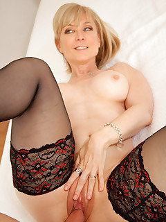 Anilos.com - Freshest mature women on the net featuring Anilos Nina Hartley hot mature