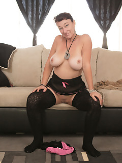 Anilos.com - Freshest mature women on the net featuring Anilos Sugar Sweet big boob mature