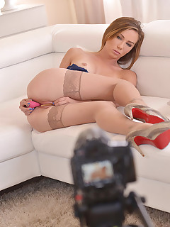 Naughty Hottie - Bag of Tricks Reveals all Her Toys free photos and videos on 1By-Day.com
