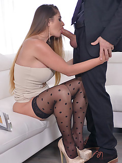 Curvy Chick Gets Fucked Hard In Her Ass By Bodyguard free photos and videos on DDFNetwork.com