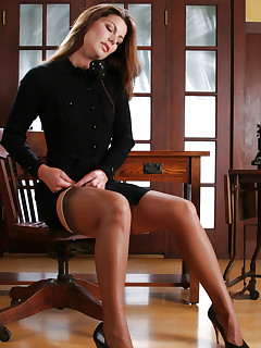 Leggy secretary testes