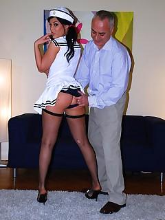 Jim Slip - UK Street Slut: Madison