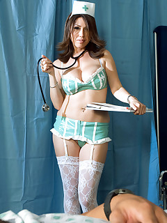 Scoreland - Nurse Kianna In Your Face - Kianna Dior (40 Photos)