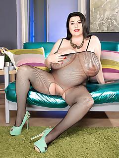 XL Girls - Boobs, Bump & Booty In A Body Stocking - Natalie Fiore (75 Photos)