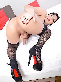 horny tgirl sara oliveira naked shemale photos stiff cock silicon tits