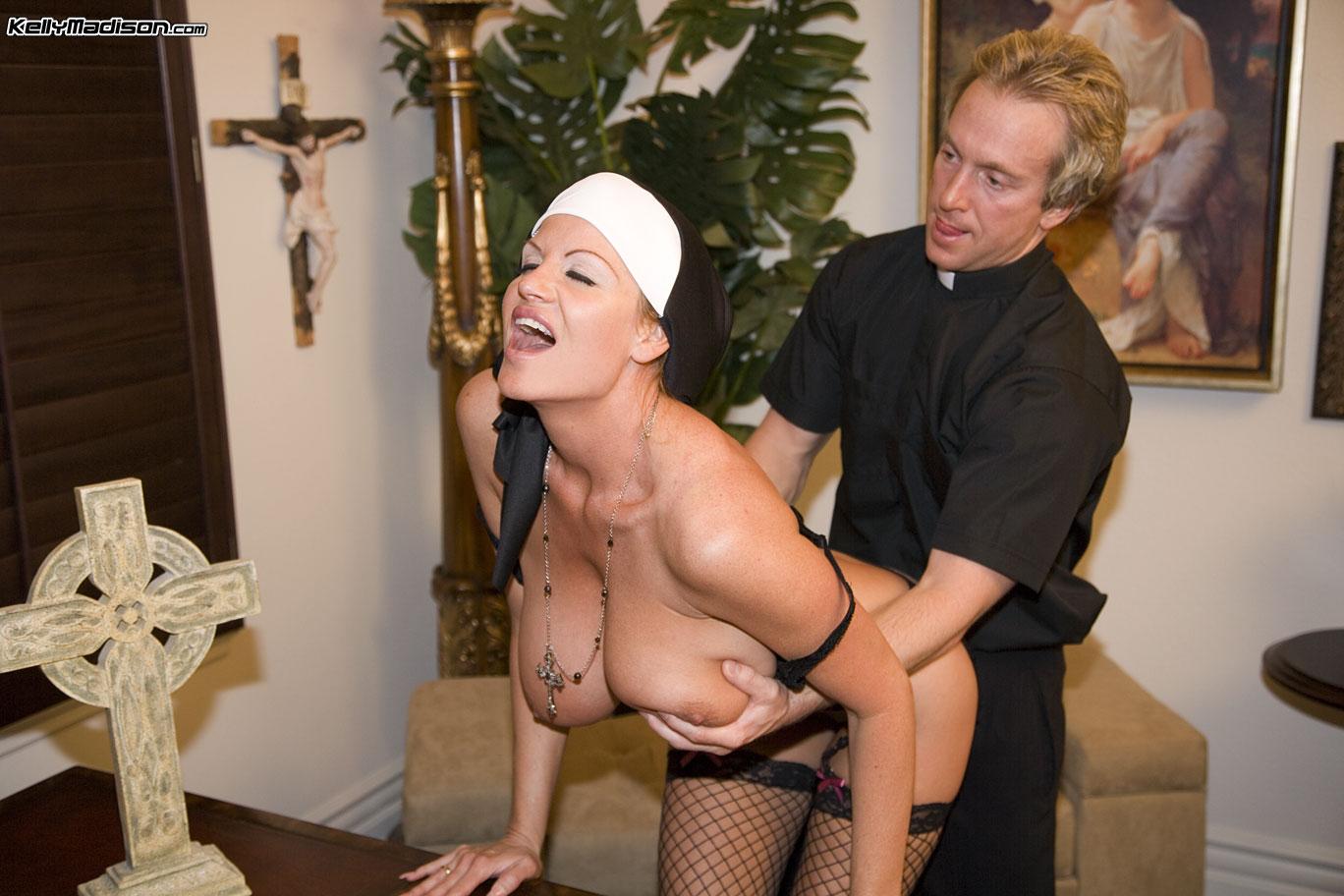 Смотреть проно с монашками, Монашки порно, смотреть секс с Монашкой 4 фотография